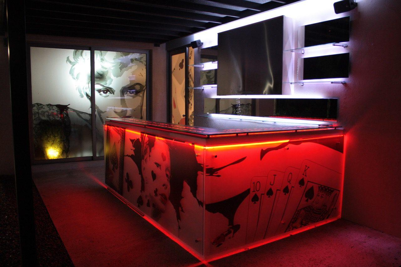 Decoraci n de bares identidad p blica dise o y medios publicitarios - Decoracion bares modernos ...