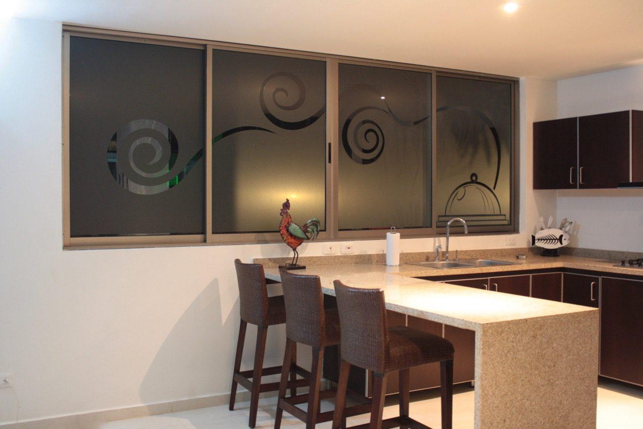 vinilos decorativos personalizados en cocinas