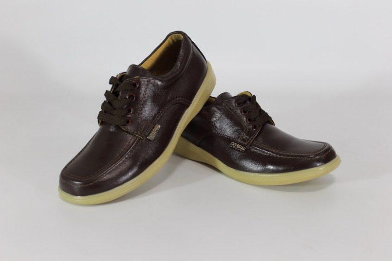 En Identidad Calidad Y Bogotá Colegiales Comodidad Zapatos Pública AH5aW4
